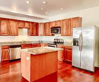 Kitchen, 324 Broadway