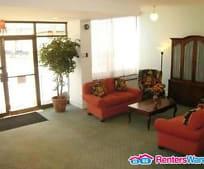 Living Room, 2100 Washington Ave