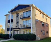 11185 Moraine Dr, Palos Hills, IL