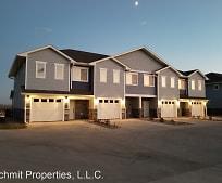 Building, 2639 Apache Ct