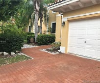 7558 SW 102nd St, Pinecrest, FL