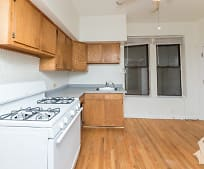 Kitchen, 922 S Loomis St
