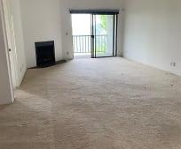 Living Room, 4260 Va Arbolada