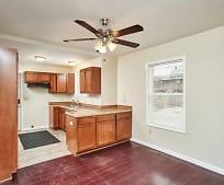 Kitchen, 1105 Kenmore Blvd