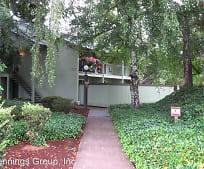 1475 W 13th Ave, Cesar Chavez Elementary School, Eugene, OR