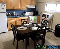 Kitchen, 423 Radcliffe St