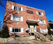 445 Walnut St, Springdale, PA