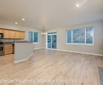 30502 SW Ruth St, Wilsonville, OR