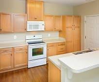 Kitchen, 3946 Welsh St