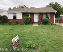 420 E Showalter Dr, Midwest City, OK