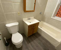 Bathroom, 12 Rockville St