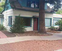 657 C St, Ashland, OR