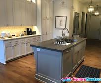 Kitchen, 935 Lake St E