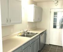 Kitchen, 132 Genoa Dr