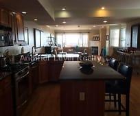 Dining Room, 98 Mermaid Ave