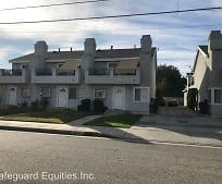 Building, 20919 Roseton Ave