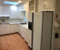 Kitchen, 2441 Fontainebleau Dr