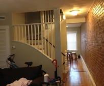 51 Greenwich St, South Boston, MA