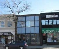 280 Plandome Rd, Manhasset, NY