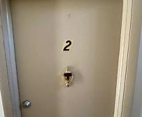 Bathroom, 3969 S Schenley Ave