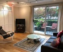 Living Room, 201 Harrison St