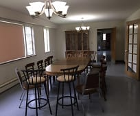 Dining Room, 3545 S Hermitage Ave