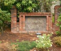 768 122nd Ave NE, Beaux Arts Village, WA