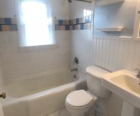 Bathroom, 622 Beethoven Dr
