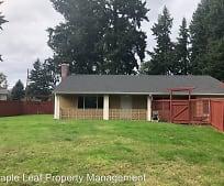 Building, 13746 Roosevelt Way N