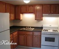 Kitchen, 32 Willow Ct