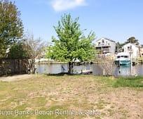 430 Harbour View Dr, Powells Point, NC