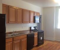 Kitchen, 150 W King St