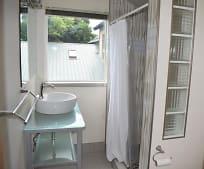 Bathroom, 224 Benton Ave