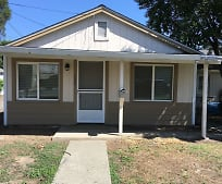 820 Spruce St, Gridley, CA