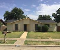 1805 Japonica Ln, Parker Road Station - DART, Plano, TX