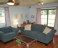 Living Room, 339 Greenland Dr