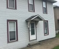 985 W Main St, Newcomerstown, OH