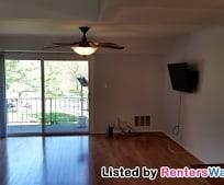 Living Room, 8026 Lakecrest Dr
