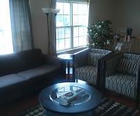Living Room, 67 Vaughan Dr