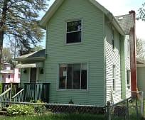Building, 1013 S Eaton St