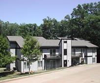 Building, 613 Woodlander Rd