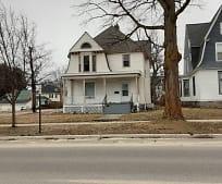 303 S Michigan Ave, Big Rapids, MI