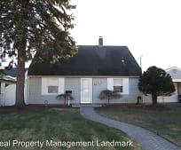 Building, 42 Corncrib Ln