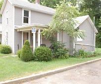 385 Richland Ave, Pomeroy, OH