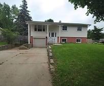 923 Nottingham Ln, Crystal Lake, IL
