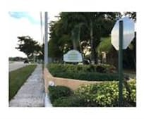 4003 N University Dr, Sunrise, FL