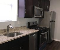 Kitchen, 4423 S Prairie Ave