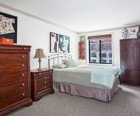 Bedroom, 355 Albany St