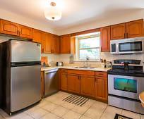 Kitchen, 16446 Woodstock Ln