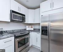Kitchen, 424 S Hanover St